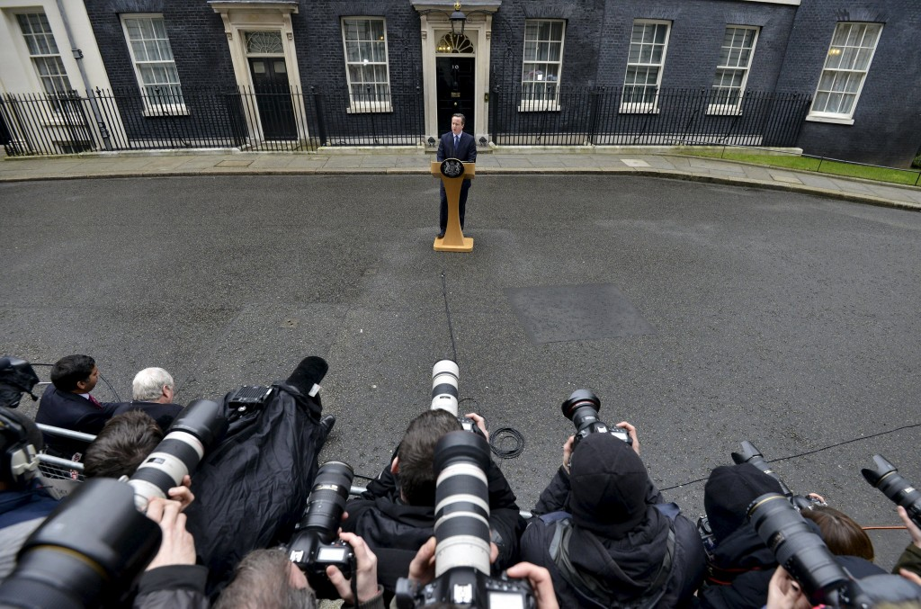 Britain's Prime Minister David Cameron speaks outside 10 Downing Street in London, Britain, February 20, 2016. Cameron said on Saturday he would hold a referendum on Britain's membership of the European Union on June 23. REUTERS/Toby Melville TPX IMAGES OF THE DAY