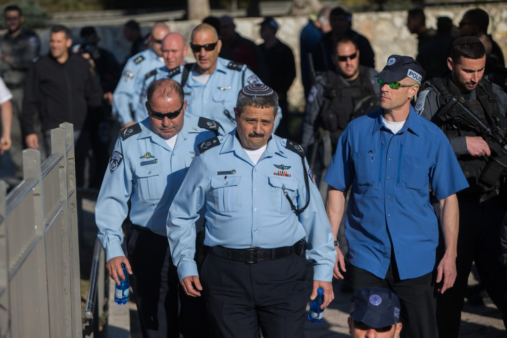 Israeli Chief of Police Roni Alsheikh walks at the scene of Wednesday's terror attack near the Damascus Gate on Wednesday. (Yonatan Sindel/Flash90)
