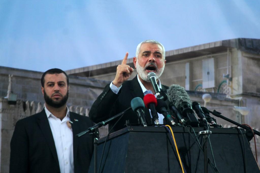 Head of the Hamas movment, Ismail Haniya, speaks during an anti-Israel rally on February 26, 2016, in the southern Gaza Strip town of Rafah. Photo by Abed Rahim Khatib/ Flash90 *** Local Caption *** çîàñ ôìñèéðéí ôìùúéðéí ôìñèéðé òæä àéñîòéì äðééä