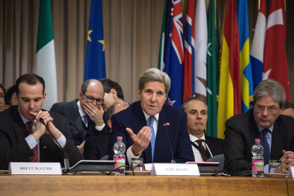 US Secretary of State John Kerry, Italian Foreign Affairs Minister Paolo Gentiloni (R) and US President Barack Obama's special envoy for the international anti-Isil coalition, Brett McGurk (L) attend a ministerial meeting regarding the Islamic State group in Rome, Italy February 2, 2016. Reuters/Nichols Kamm/Pool