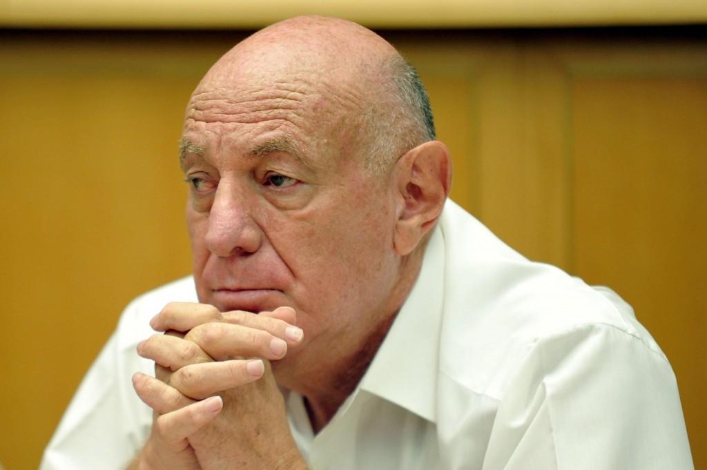 Dov Weissglass, advisor to former Prime Minister Ariel Sharon. (Flash90)