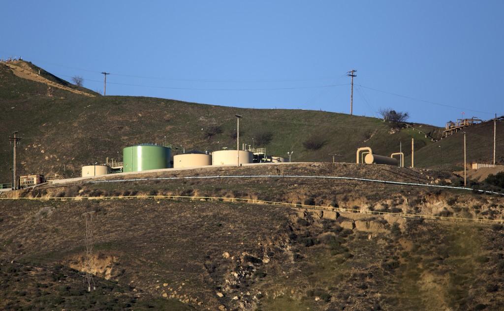 The SoCalGas Aliso Canyon Storage facility in Porter Ranch, Calif. (Brian van der Brug/Los Angeles Times/TNS)