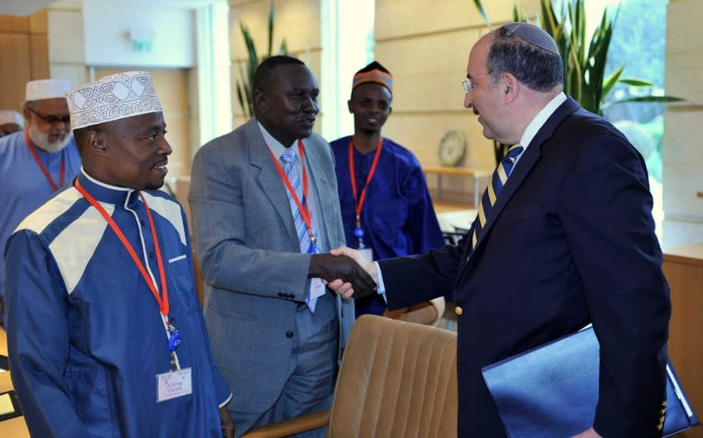 Director-General of the Foreign Ministry Dore Gold with religious leaders from Africa.