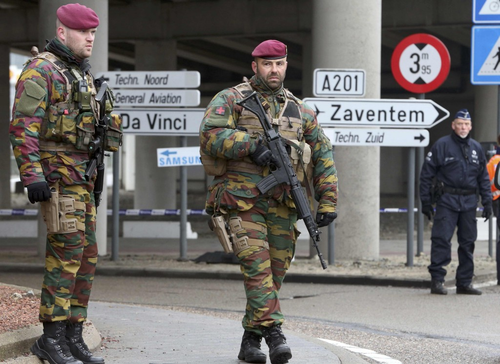 Belgian troops man a roadblock near Brussels' Zaventem airport following Tuesdays' bomb attacks in Brussels, Belgium, March 23, 2016. REUTERS/Christian Hartmann