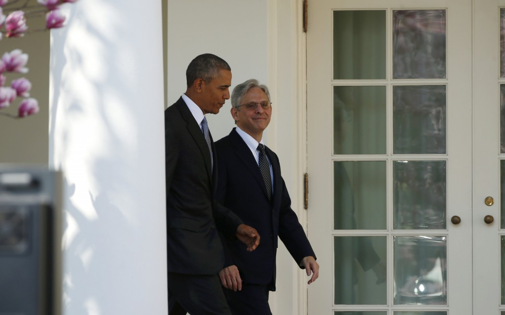 U.S. President Barack Obama (L) arrives with Judge Merrick Garland prior to announcing Garland as his nominee to the U.S. Supreme Court, in the White House Rose Garden in Washington, March 16, 2016. REUTERS/Kevin Lamarque