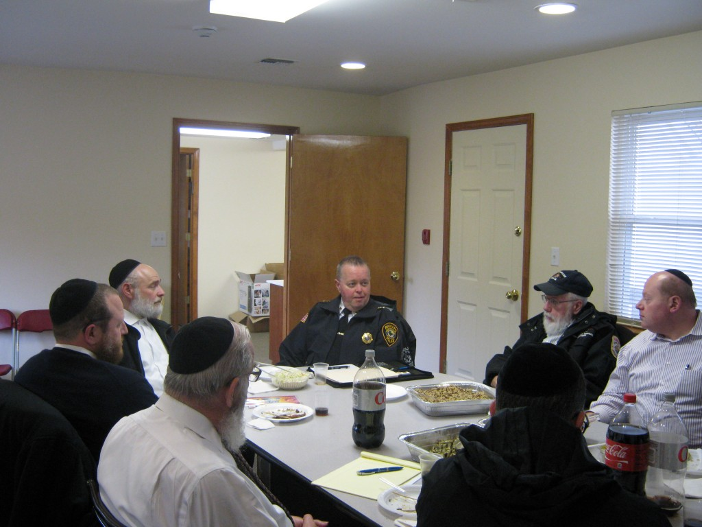 Hatzlalah of Rockland County Meeting with new the Police Chief Brad Weidel of the Ramapo Police Dept. Chief Weidel insured that the close working relationship will continue to blossom between the Monsey Hatzalah and the Police Department. (JDN)
