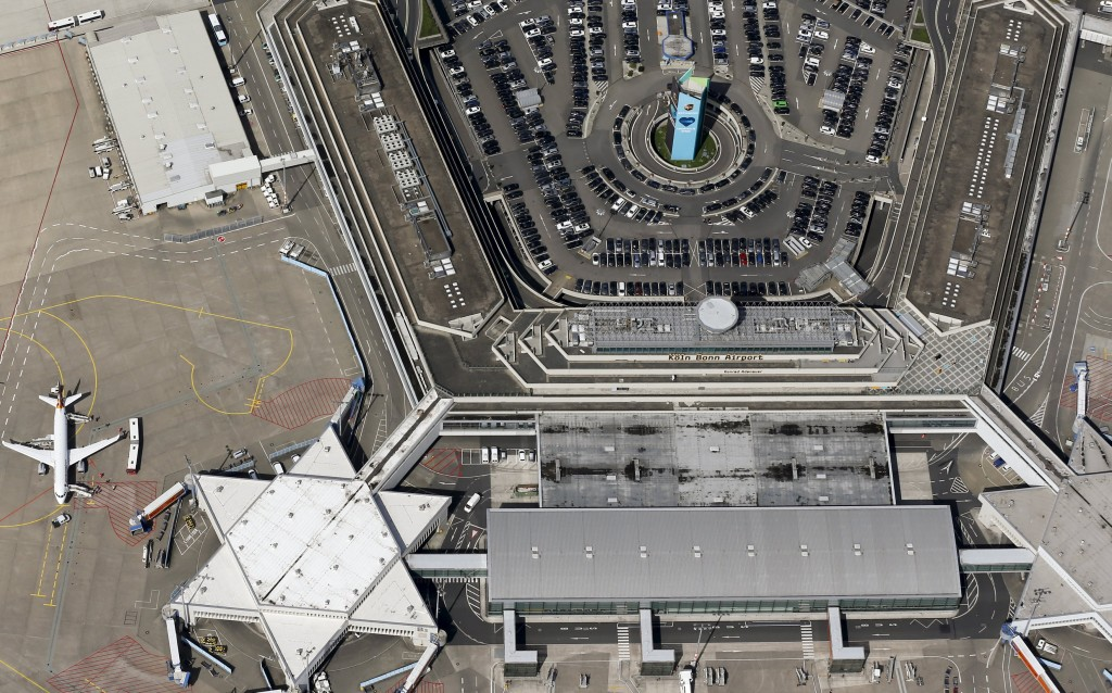 An aerial picture shows the Konrad Adenauer airport of Cologne-Bonn near the North Rhine-Westphalian city of Cologne, Germany, in this file picture taken May 6, 2015. Islamic State posted pictures on the Internet calling on German Muslims to carry out Brussels-style attacks in Germany, singling out Chancellor Angela Merkel's offices and the Cologne-Bonn airport as targets, the SITE intelligence group reported. REUTERS/Wolfgang Rattay/Files