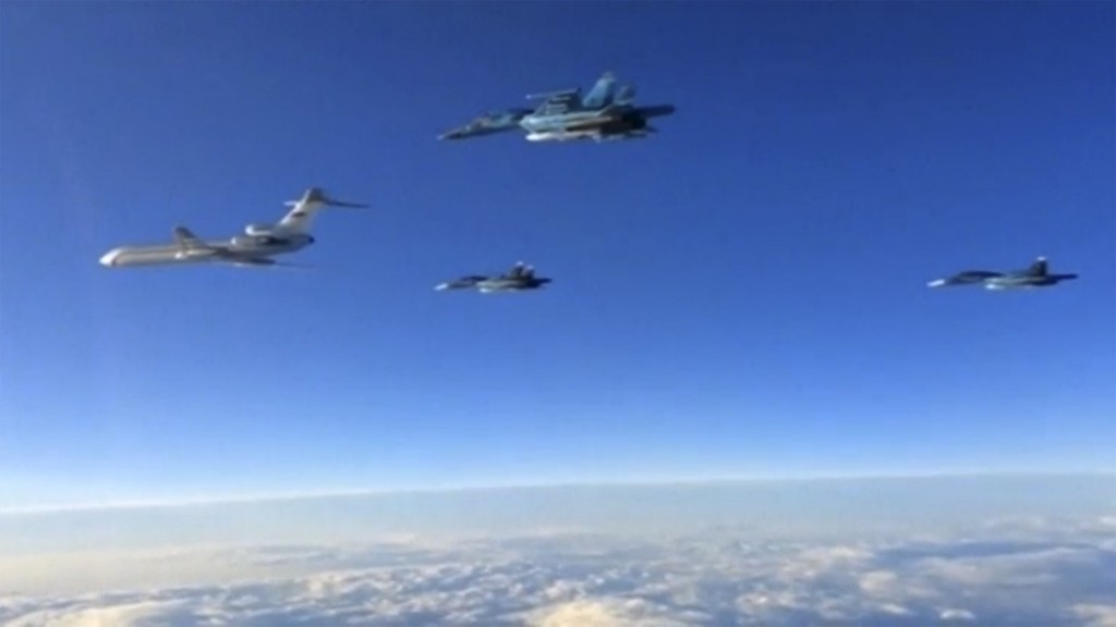 Russian military jets fly above unidentied location after taking off from the country's air base in Hmeymin, Syria to head back to Russia, part of a partial withdrawal ordered by President Vladimir Putin, in this still image taken from video March 15, 2016. REUTERS/Russian Ministry of Defence via REUTERS TV EDITORIAL USE ONLY. NO RESALES. NO ARCHIVE.