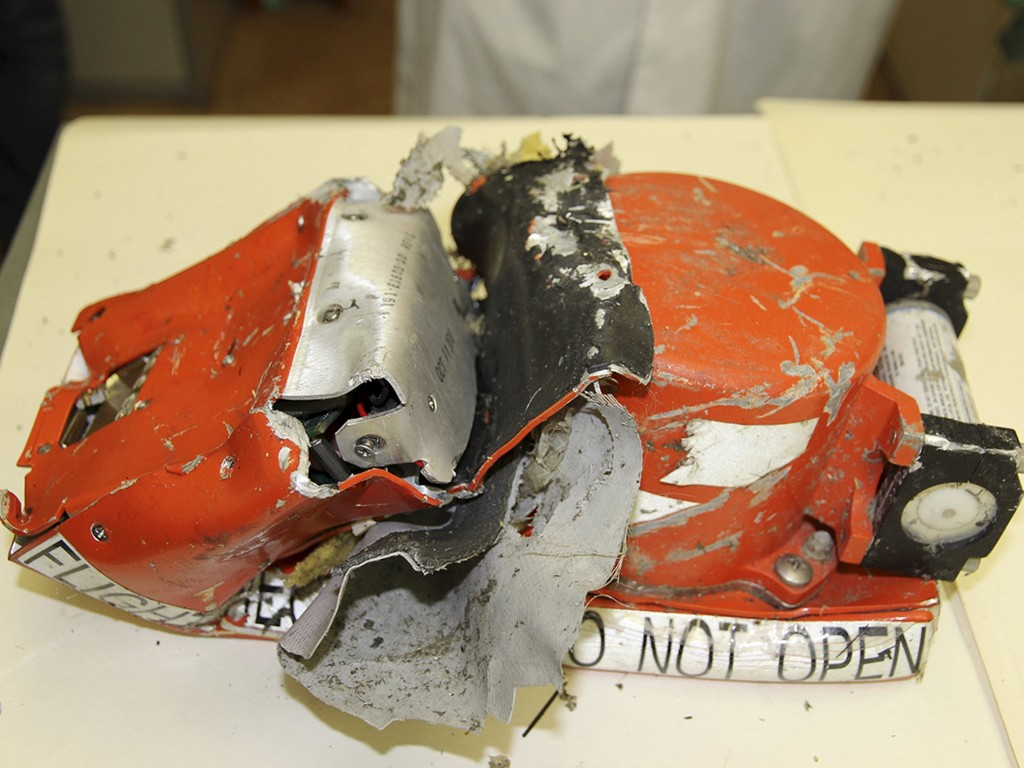 A flight recorder from the crashed Boeing 737-800 Flight FZ981 operated by Dubai-based budget carrier Flydubai, is seen in Moscow, Russia, in this handout image released by the Russia's Interstate Aviation Committee on March 20, 2016. REUTERS/Interstate Aviation Committee/Handout via Reuters ATTENTION EDITORS - THIS PICTURE WAS PROVIDED BY A THIRD PARTY. REUTERS IS UNABLE TO INDEPENDENTLY VERIFY THE AUTHENTICITY, CONTENT, LOCATION OR DATE OF THIS IMAGE. FOR EDITORIAL USE ONLY. NOT FOR SALE FOR MARKETING OR ADVERTISING CAMPAIGNS. FOR EDITORIAL USE ONLY. NO RESALES. NO ARCHIVE. THIS PICTURE IS DISTRIBUTED EXACTLY AS RECEIVED BY REUTERS, AS A SERVICE TO CLIENTS.
