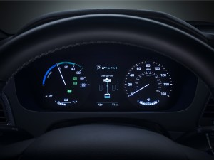 The 2016 Sonata Hybrid's new hybrid gauge cluster helps you keep track of all things hybrid, like current mileage and overall energy efficiency. (Hyundai/TNS)