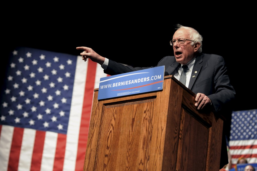 Democratic U.S. presidential candidate Bernie Sanders speaks at a campaign rally at the University of Wyoming in Laramie, Wyoming. (Mark Kauzlarich/Reuters)