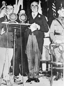 Warren G. Harding delivering an address at St. Louis, Missouri, in 1918. (AP Photo)