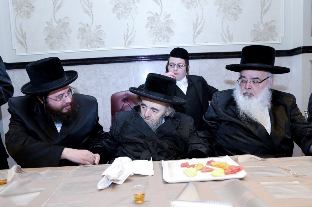 Yoker Rav zt'l at a recent simcha of a great-grandaughter credit (JDN)
