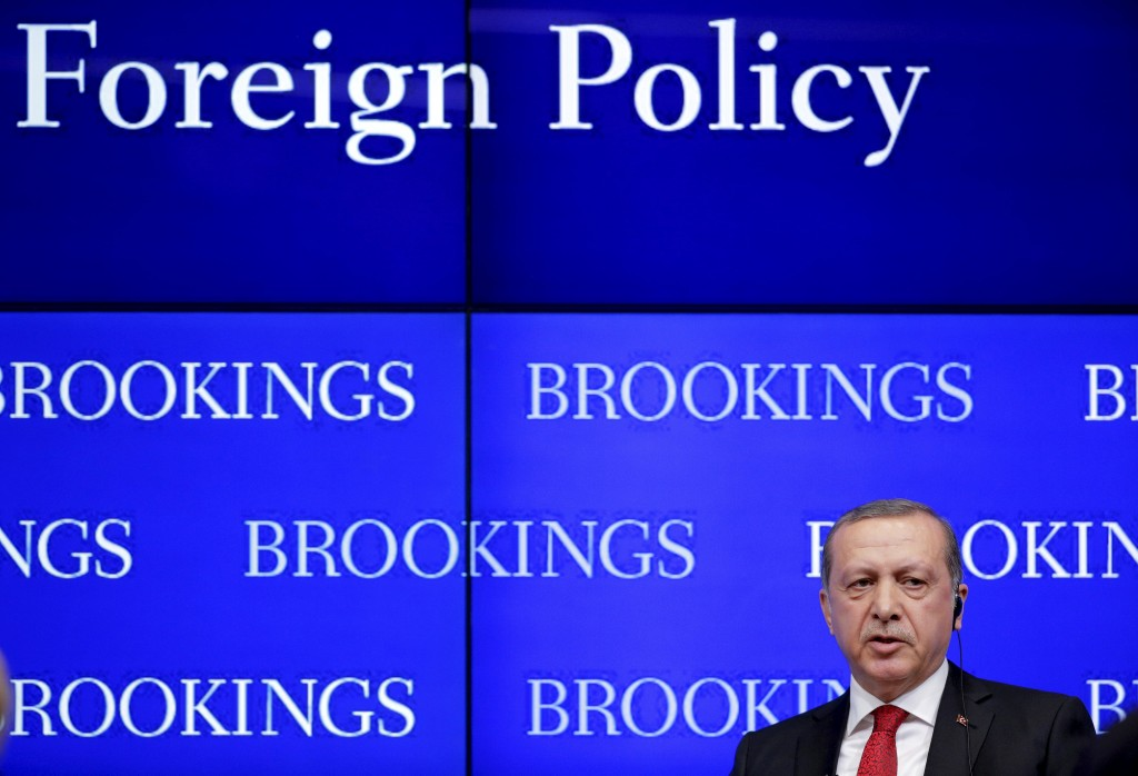 Turkish President Tayyip Erdogan speaks at the Brookings Institute in Washington March 31, 2016. REUTERS/Joshua Roberts