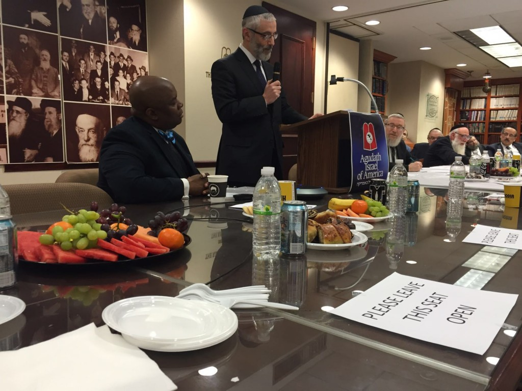 Rabbi Chaim D. Zwiebel addressing the Agudath Israel of America Va'ad Hanhalah meeting. (Hamodia Photos)