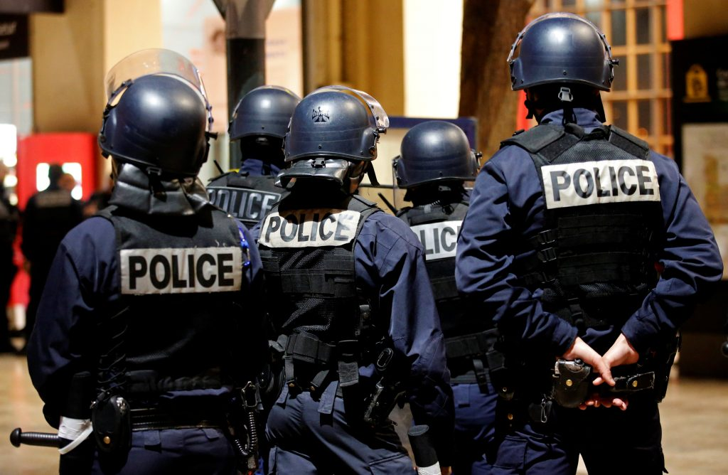 French riot policemen attend a drill at the Marseille railway station, France, May 4, 2016, in preparation of security measures for the UEFA 2016 European Championship. REUTERS/Jean-Paul Pelissier