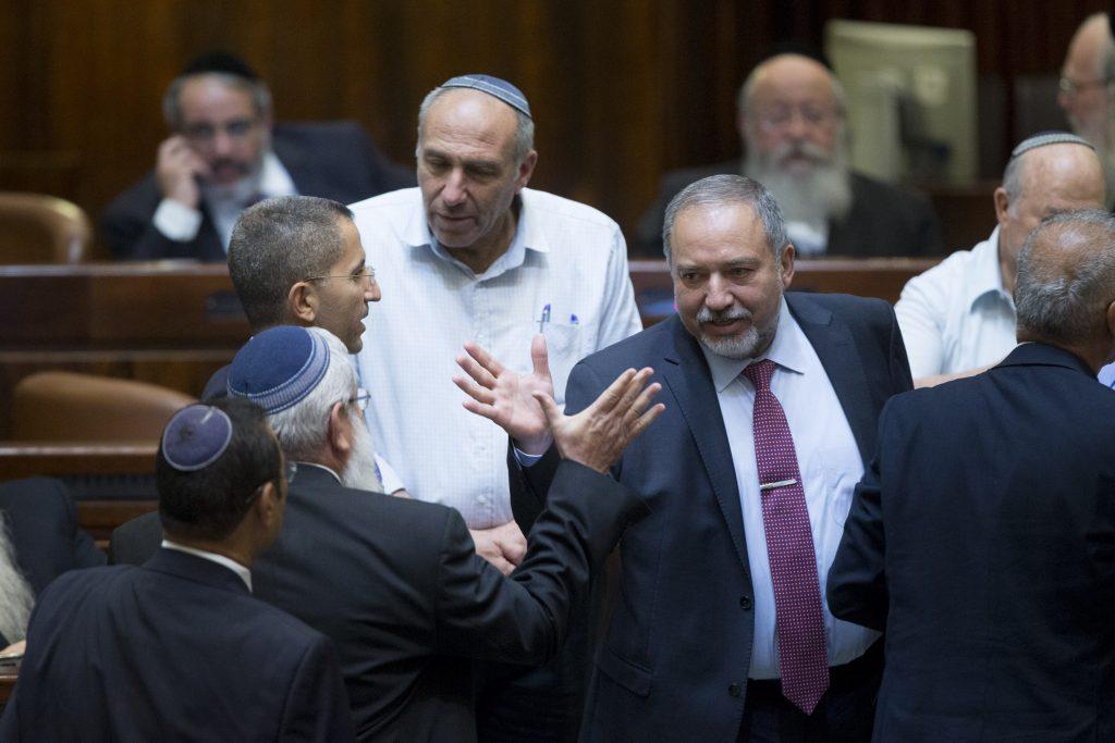 Leader of the Israel beyteinu party Avigdor Liberman arrives to the Knesset, Monday. (Yonatan Sindel/Flash90)