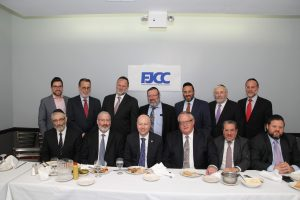 Jason Dov Greenblatt, named by Donald Trump as his top advisor on his Israel policy, meeting Monday night with Askanim in Flatbush. (FJCC)