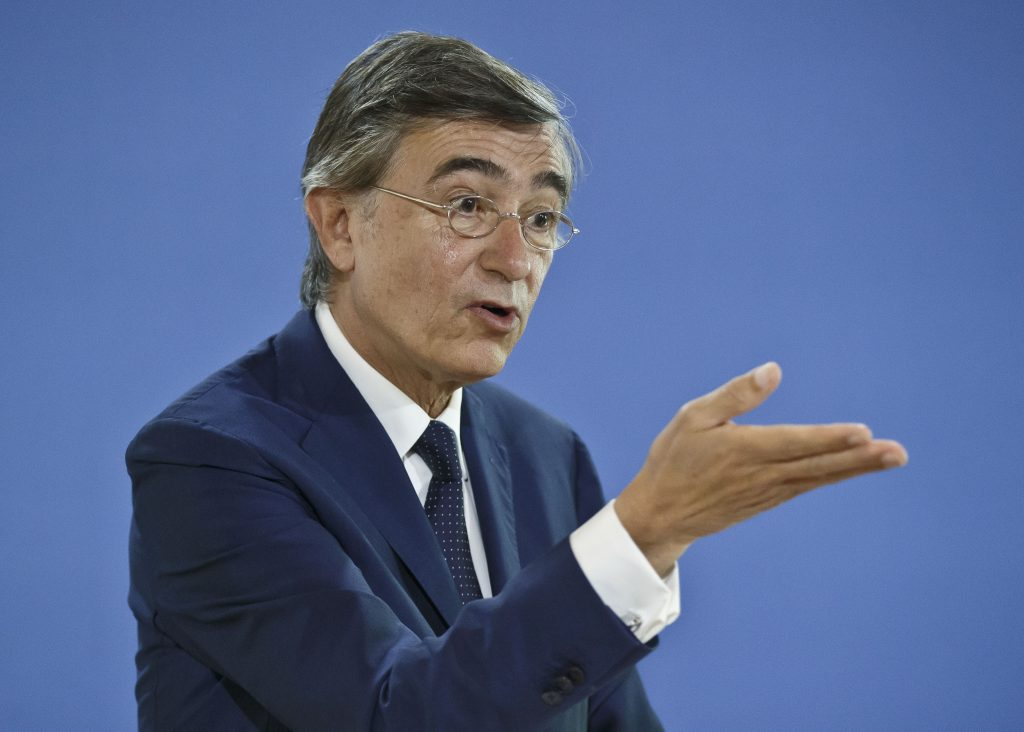 Former French Foreign Minister Philippe Douste-Blazy and candidate for the upcoming election for the new United Nations Health Organization Director General, gestures as he speaks to the media during a press conference in Paris, France, Wednesday, May 18, 2016. The WHO will elect the new general-director from a list of three at the May 2017 World Health Assembly. (AP Photo/Michel Euler)