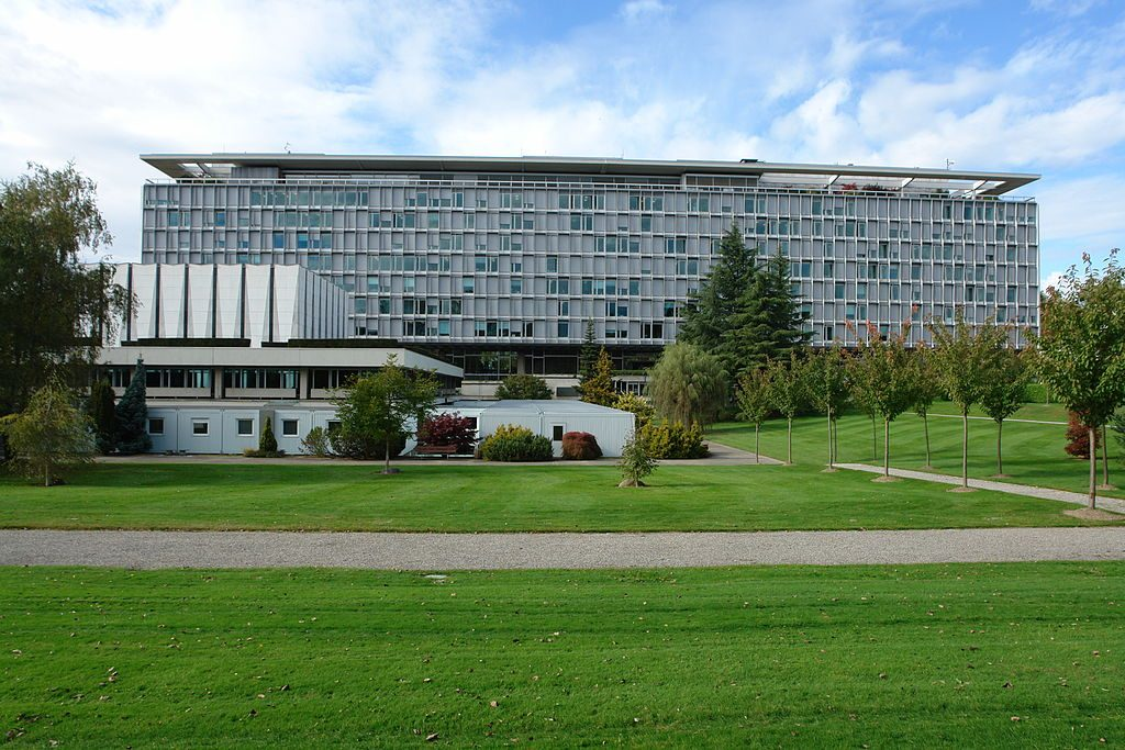 WHO headquarters in Geneva. (Yann Forget)