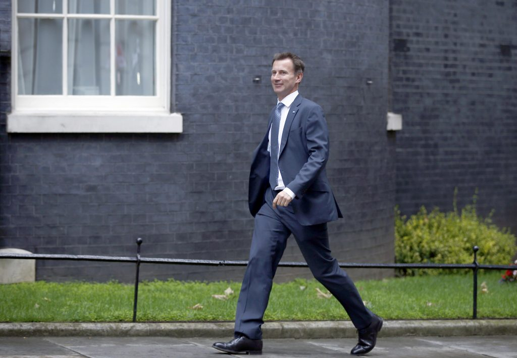 Britain's Health Secretary Jeremy Hunt arrives for a cabinet meeting in Downing Street in central London, Britain June 27, 2016. REUTERS/Peter Nicholls