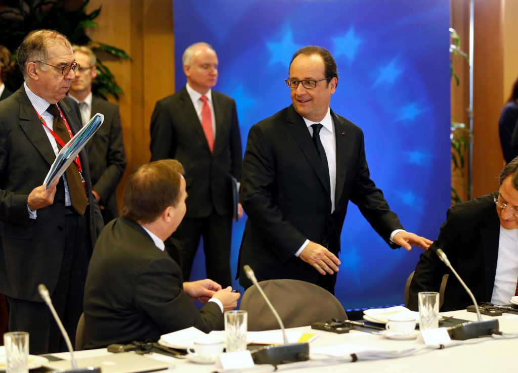 France's President Francois Hollande attends a breakfast meeting on the second day of the EU Summit in Brussels, Belgium, June 29, 2016. REUTERS/Pascal Rossignol
