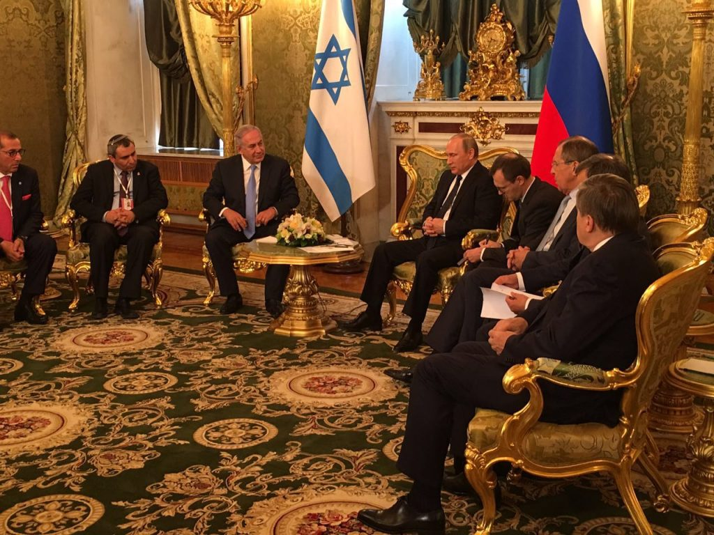 Israeli Prime Minister Binyamin Netanyahu (L) meets with Russian President Vladimir Putin in Moscow on Tuesday. (GPO)