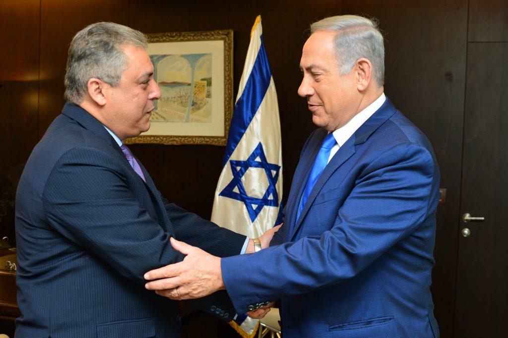 Binyamin Netanyahu (R) welcomes Egyptian ambassador to Israel Hazem Khairat at the Knesset, February 29, 2016.  (Kobi Gideon / GPO)