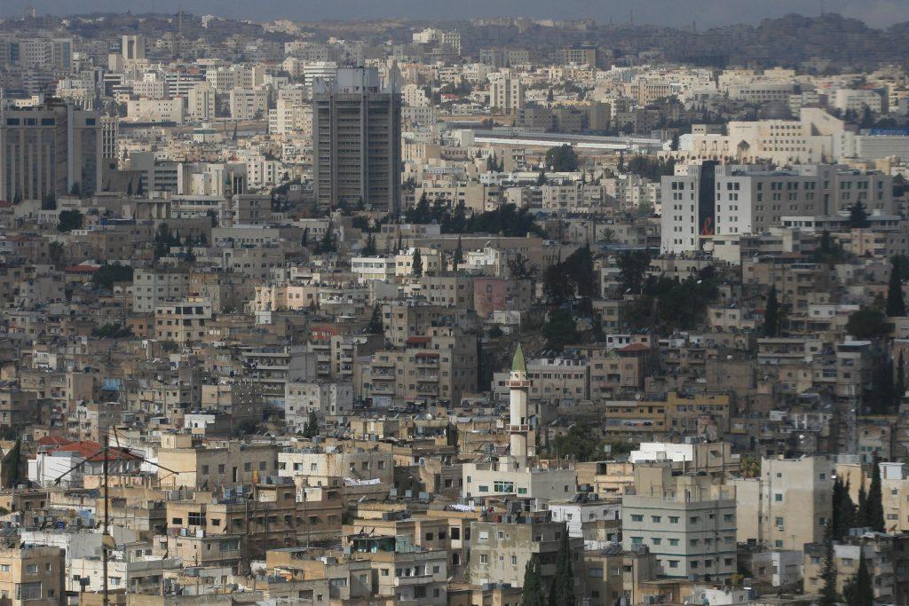 General view of Amman by night on December 28. 2006. Photo by Nati Shohat /Flash90 *** Local Caption *** éøãï òîàï