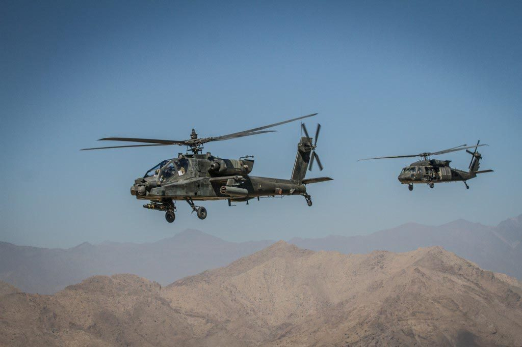 An AH-64 Apache helicopter patrols the skies over eastern Afghanistan. (U.S. Army photo by Master Sgt. Kap Kim, Combined Joint Task Force-10 Public Affairs.)