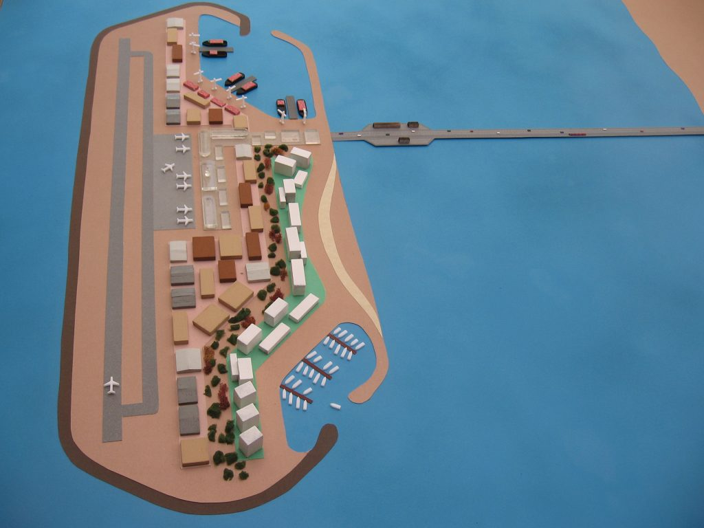 The Ministry of Transportation and Israel Ports has drawn up plans for how a seaport and airport built on an artificial island off the coast of the Gaza Strip would look. (Ministry of Transportation and Israel Ports.)