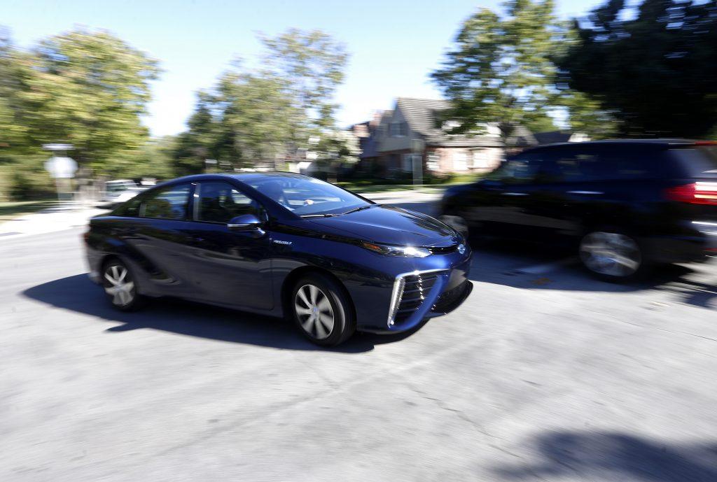 Troy Wolverton drives the 2016 Toyota Mirai in San Jose, Calif. (Nhat V. Meyer/Bay Area News Group/TNS)