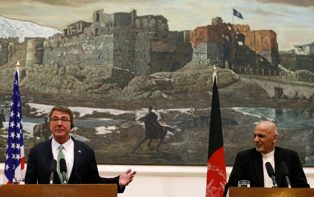 U.S Defense Secretary Ashton Carter (L) speaks during a joint news conference with Afghanistan's President Ashraf Ghani in Kabul, Afghanistan July 12, 2016. REUTERS/Mohammad Ismail