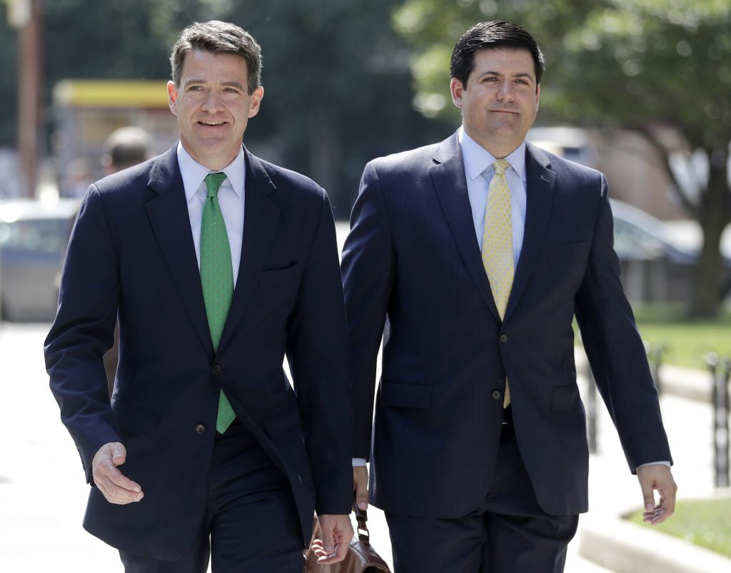 Bill Baroni (L) and attorney Michael Baldassare outside the. federal courthouse in Newark on Thursday. (AP Photo/Julio Cortez)