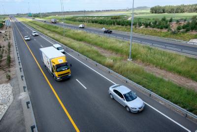 Highway. Photo by Moshe Shai/Flash90
