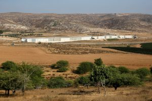 A general view of the ongoing construction of Israel's security barrier, as seen from Havat Ela in southern Israel on Wednesday.  (Reuters/Amir Cohen)