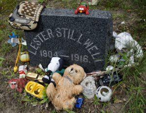 The grave of Lester Stillwell in Matawan, N.J. (AP Photo/Mel Evans)