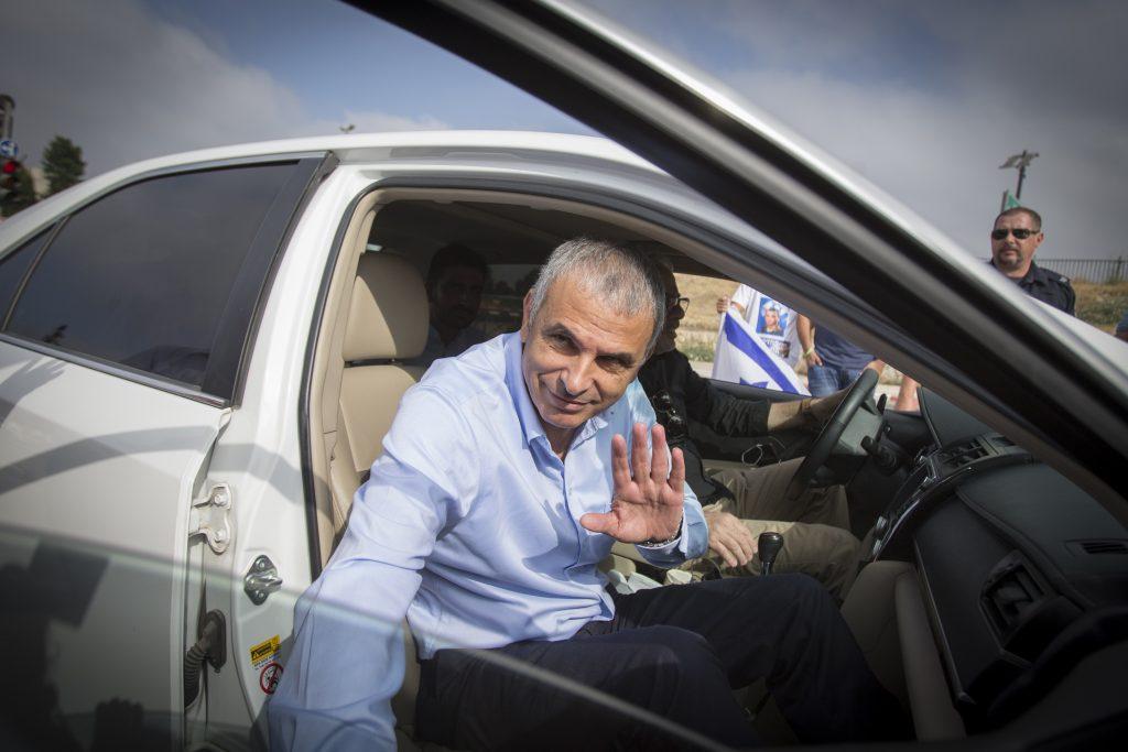 Israeli Finance Minister Moshe Kahlon wants a tax cut. (Yonatan Sindel/Flash90)