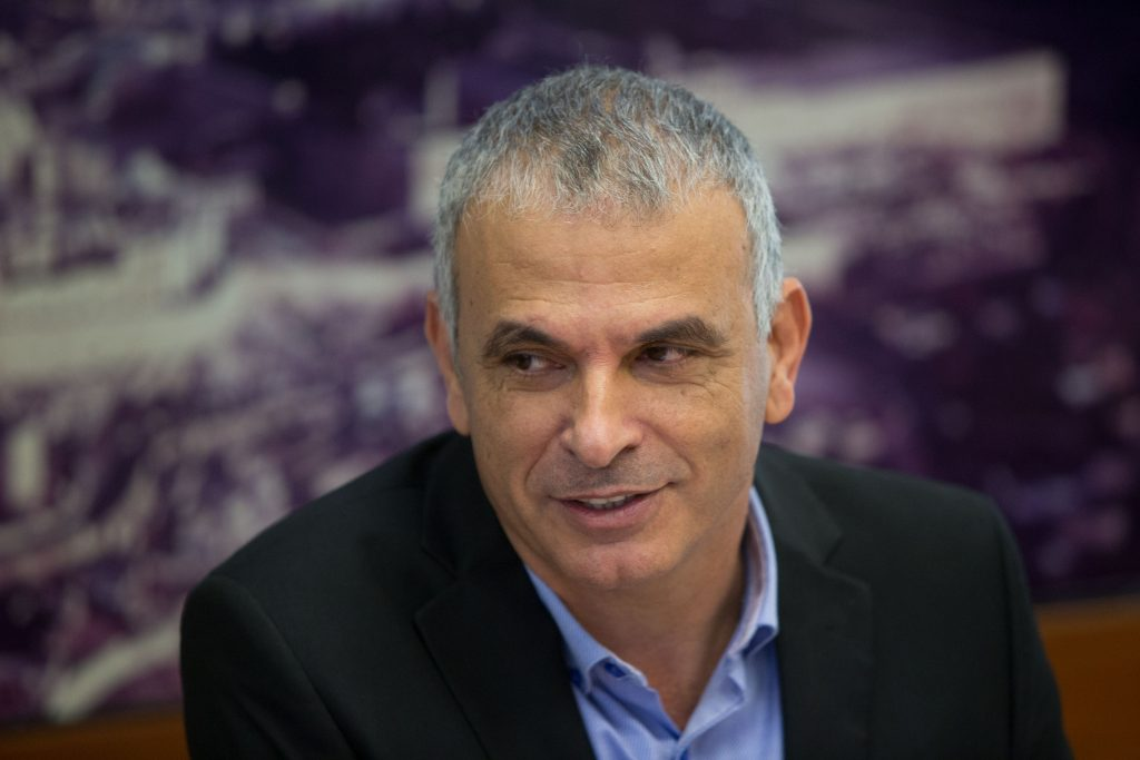 Finance Minister Moshe Kahlon is giving the high-tech industry a better deal. (Yonatan Sindel/Flash90)