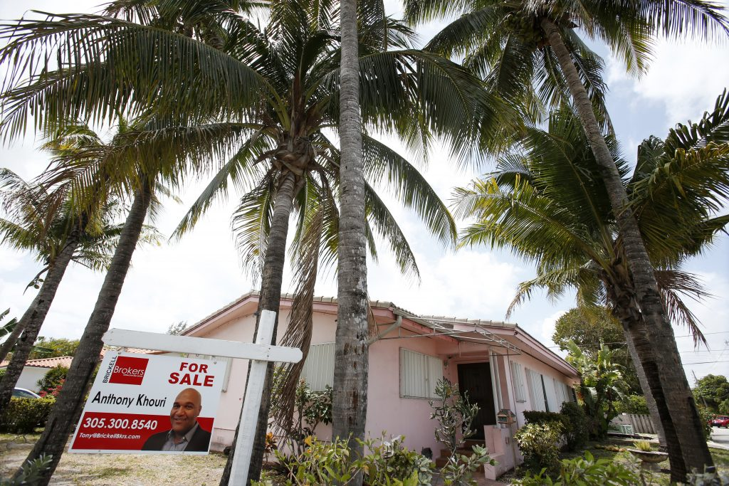 Ahome for sale in Surfside, Fla. (AP Photo/Wilfredo Lee)