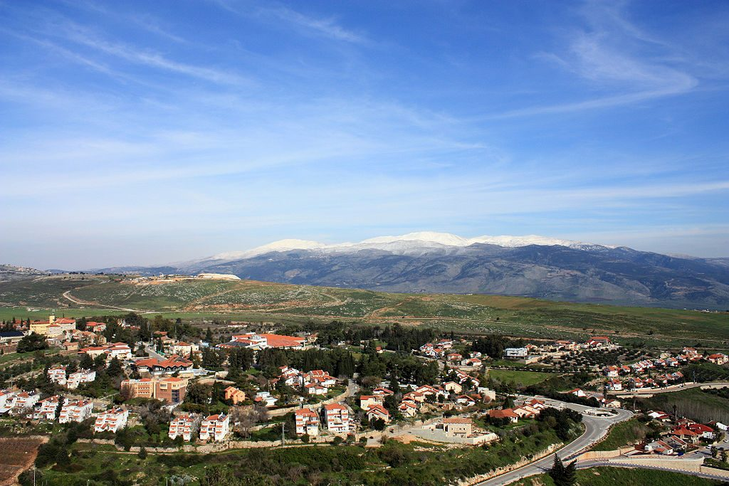 A view of Metulla, an Israeli town near the border with Lebanon, and Mount Hermon in the background. (Adiel-lo)