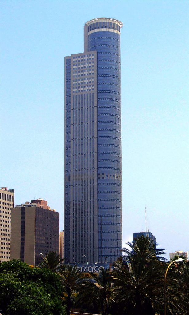City Gate, in Ramat Gan, currently the tallest building in Israel, with 68 floors. (CC BY-SA)
