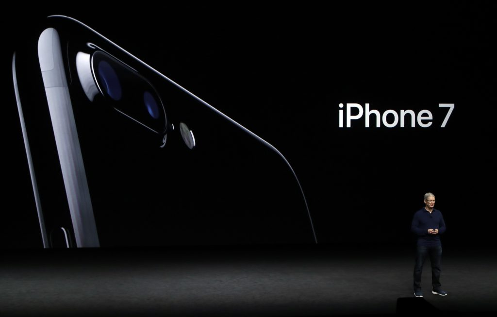 Apple CEO Tim Cook announces the new iPhone 7 at an Apple launch event in San Francisco. (AP Photo/Marcio Jose Sanchez, File)