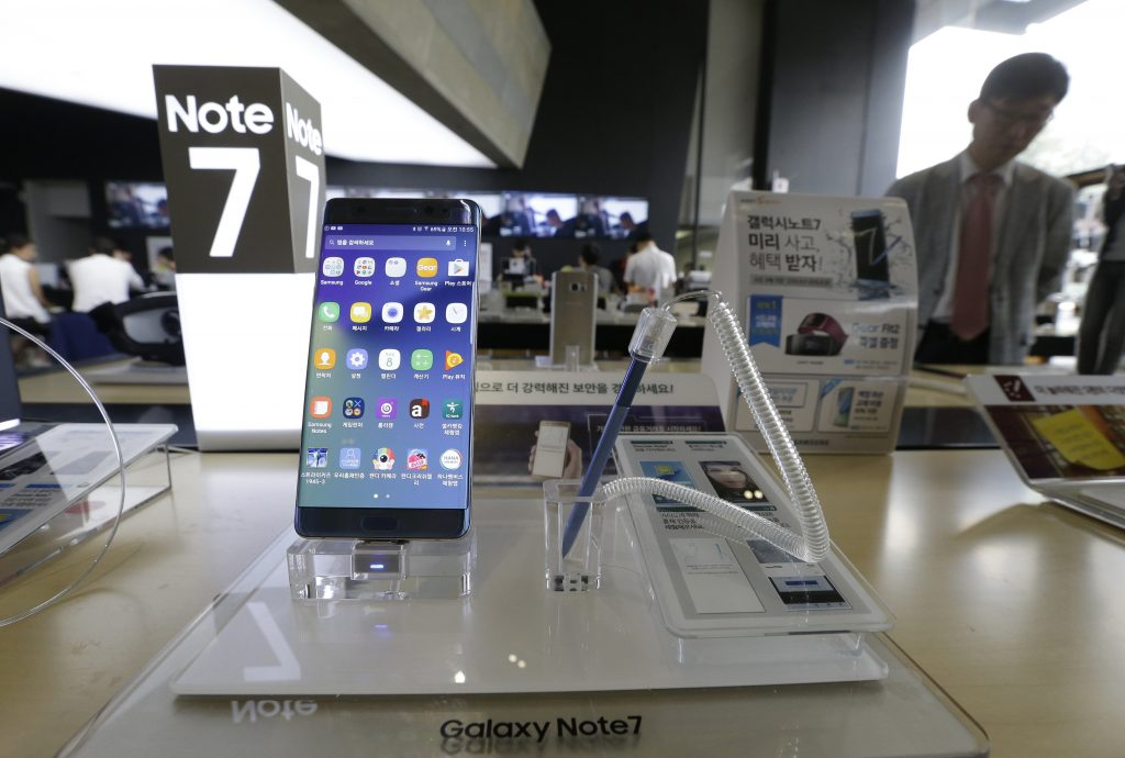 Samsung Galaxy Note 7 smartphones displayed at the headquarters of South Korean mobile carrier KT in Seoul, South Korea, on Thursday. (AP Photo/Ahn Young-joon)
