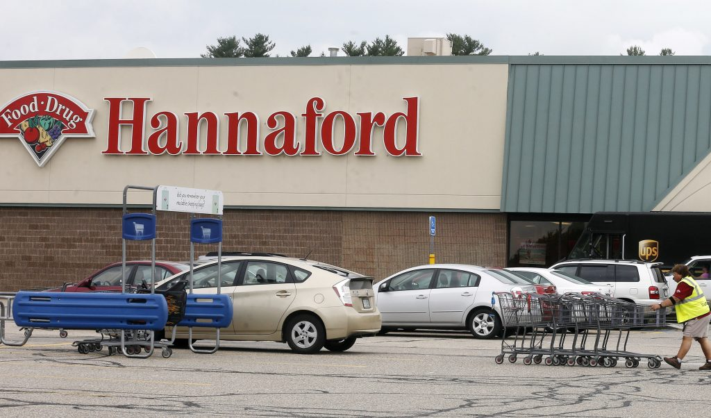 The Hannaford supermarket where the winning $487 million Powerball ticket was sold. (AP Photo/Jim Cole)