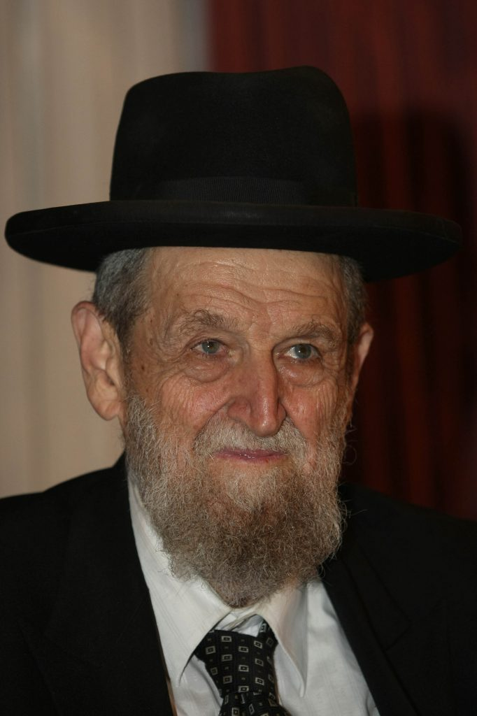 Portrait of Rabbi Shear Yeshuv Cohen, Chief Rabbi of Haifa, in Jerusalem, on 18 Aug, 2010. Photo by Kobi Gideon / FLASH90. *** Local Caption *** ùàø éùåá äëäï ùàø éùåá ëäï