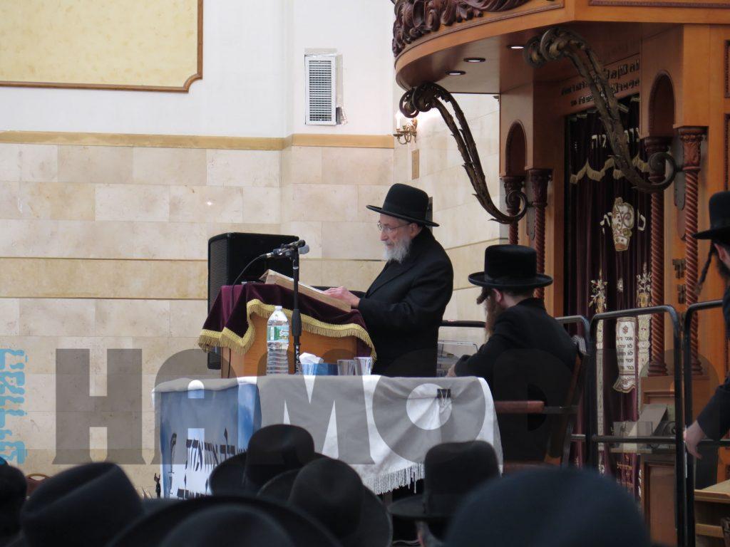 Kinus in Bais Medrash  Emunas Yisroel regarding the danger of technology. (JDN)