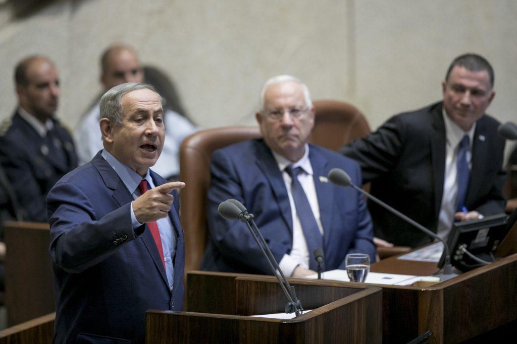 Israeli Prime Minister Binyamin Netanyahu addresses the Knesset at the opening of the winter session, Monday. (Yonatan Sindel/Flash90)