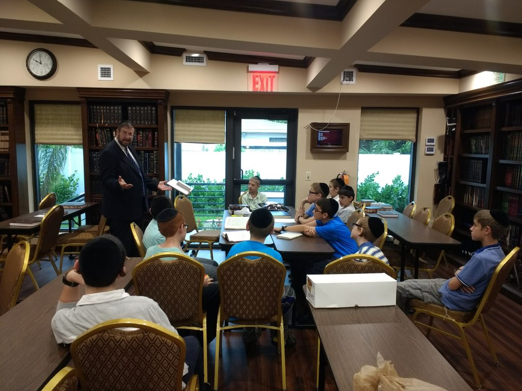 About 60 pirchim from four different age groups attended the Day of Learning while schools were out in preparation for Storm Matthew. The hour-long program, arranged by Pirchei Agudas Yisroel of North Miami Beach, took place at Sharrai Tefilla and the North Miami Beach Kollel. (Avrohom Danziger/Agudath Israel of America)