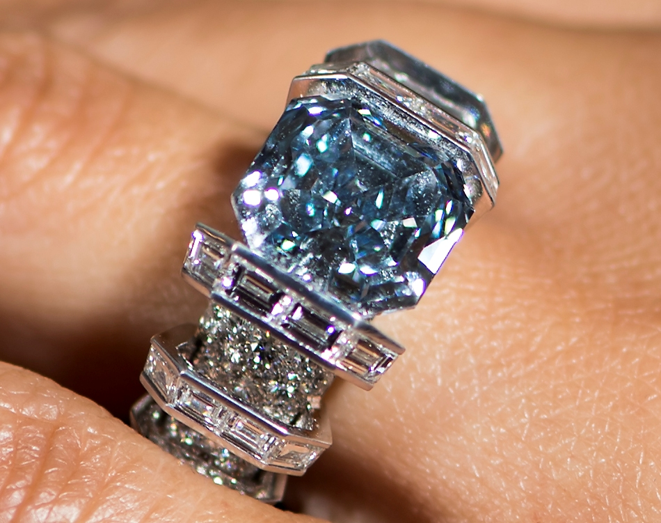 "The ""Sky Blue Diamond."" (Jean-Christophe Bott/Keystone via AP)"